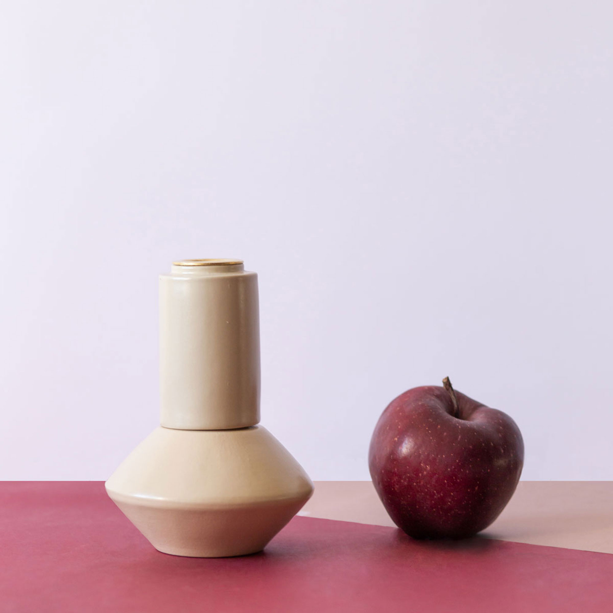 Q11A__DIFFERENTE_CANDLESTICK_ivory
