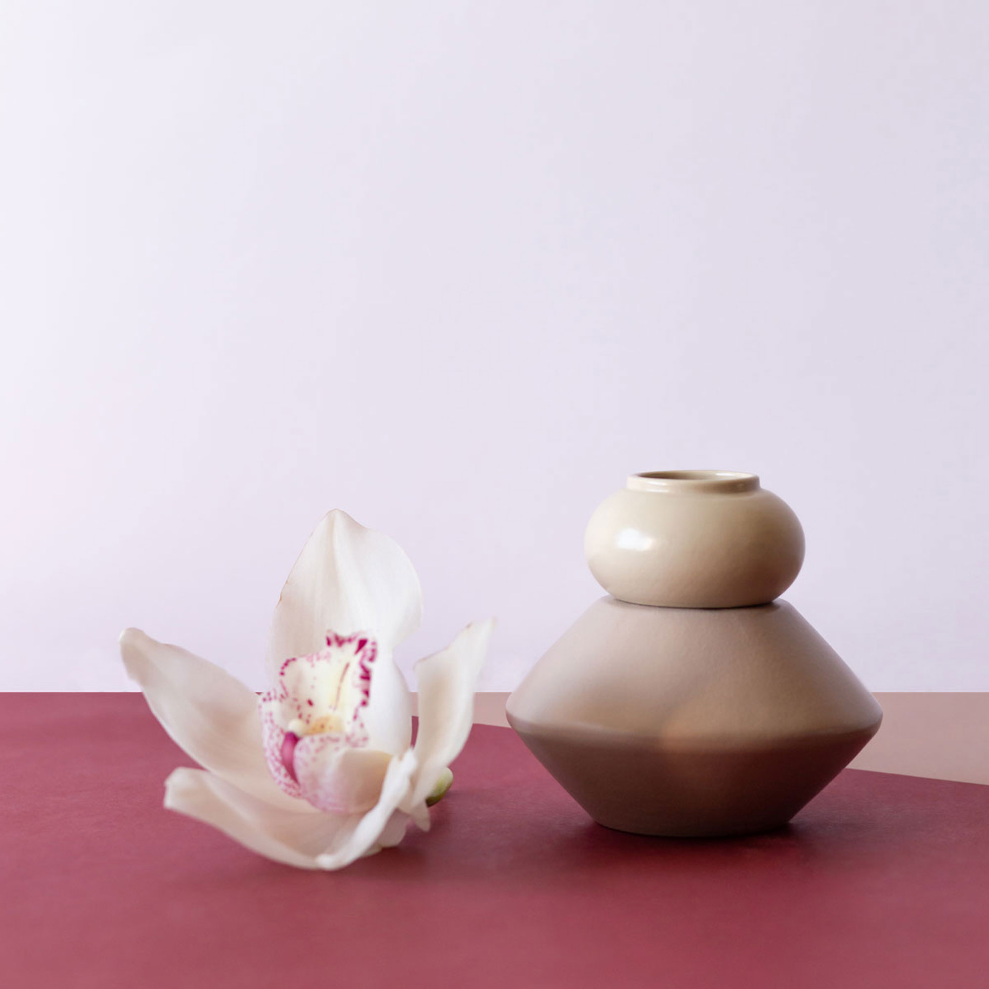 Q10A_FLESSIBILE_CANDLESTICK_ivory_and_powderpink